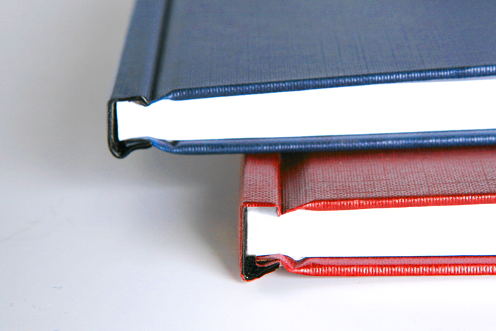 Малоформатная печать Печать дипломов диссертаций выпускних  Брошюровка в твердый переплет формат А5 А4 см образцы 600 руб