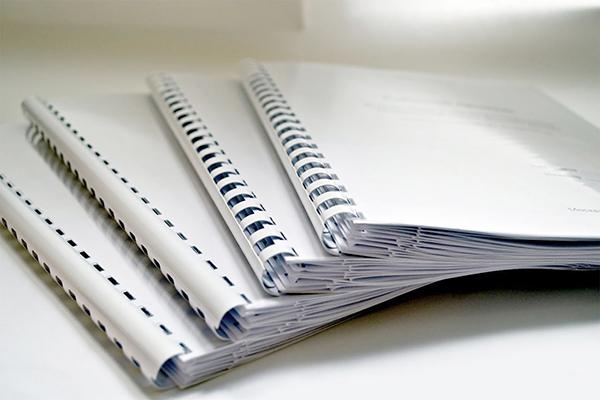 Брошюровка Брошюровка на пружину фальцованных чертежей или нестандартная брошюровка см образцы